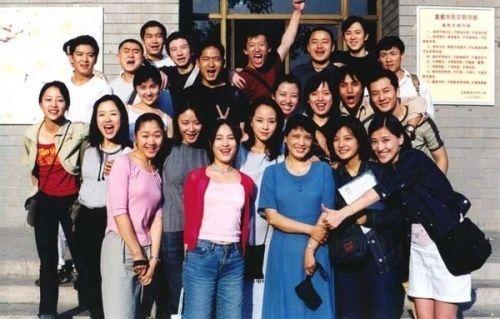 赵薇毕业于电影学院96班