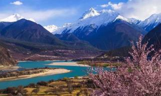 国内旅游必去的4个峡谷