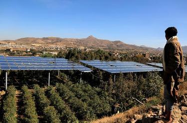 也门:电力紧张下的太阳能发电