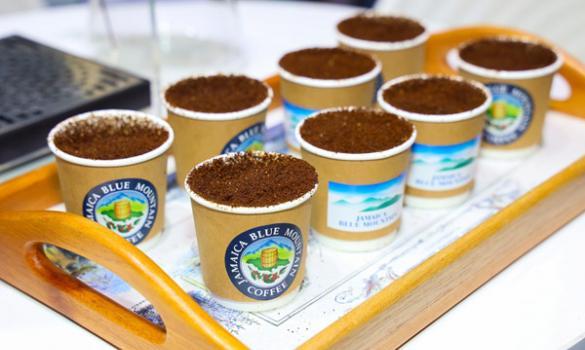 Tea-loving nation warms to coffee's call