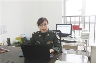 """虚拟现实技术走进军事高校 她把战场""""搬""""进指挥所"""