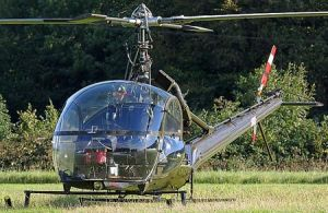 UH-12直升机