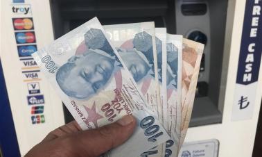 Lower lira draws Chinese tourists to Turkey