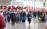 坐飞机回家过年的越来越多 你选择什么交通工具回家?