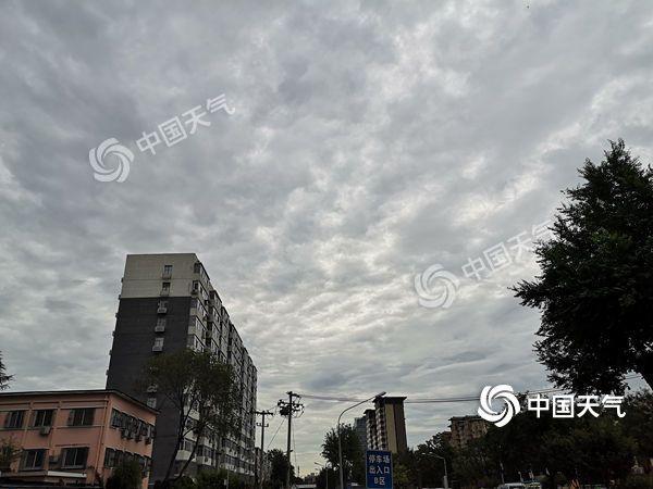 """今日北京仍有雷雨""""光顾"""" 最高气温27℃"""