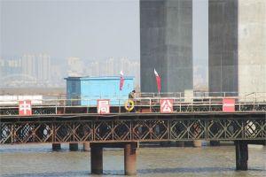 新鸭绿江大桥