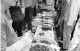 最低卖25元到30元一斤,河虾季来了,便宜又好吃