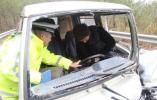 天台交警快速出警成功救援一事故被困人员