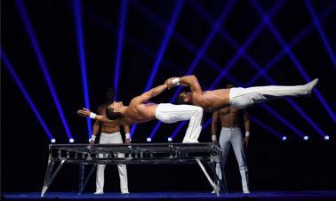Int'l Acrobatics Art Festival held in Henan