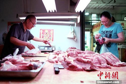 """中国猪肉价格攀升 官方""""五招""""抑肉价"""