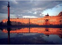 夕阳照耀下的冬宫